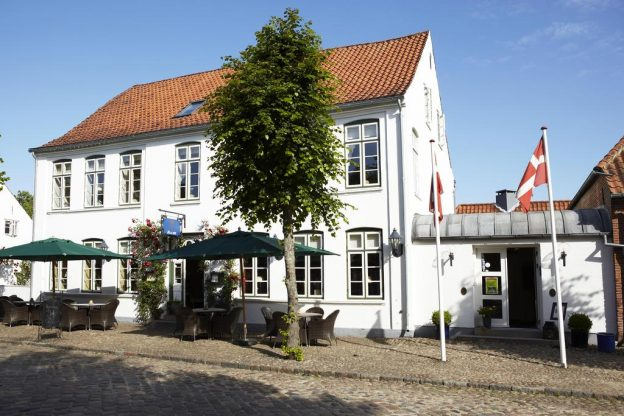 Schackenborg Slotskro, Tønder, Sønderjylland, kroophold